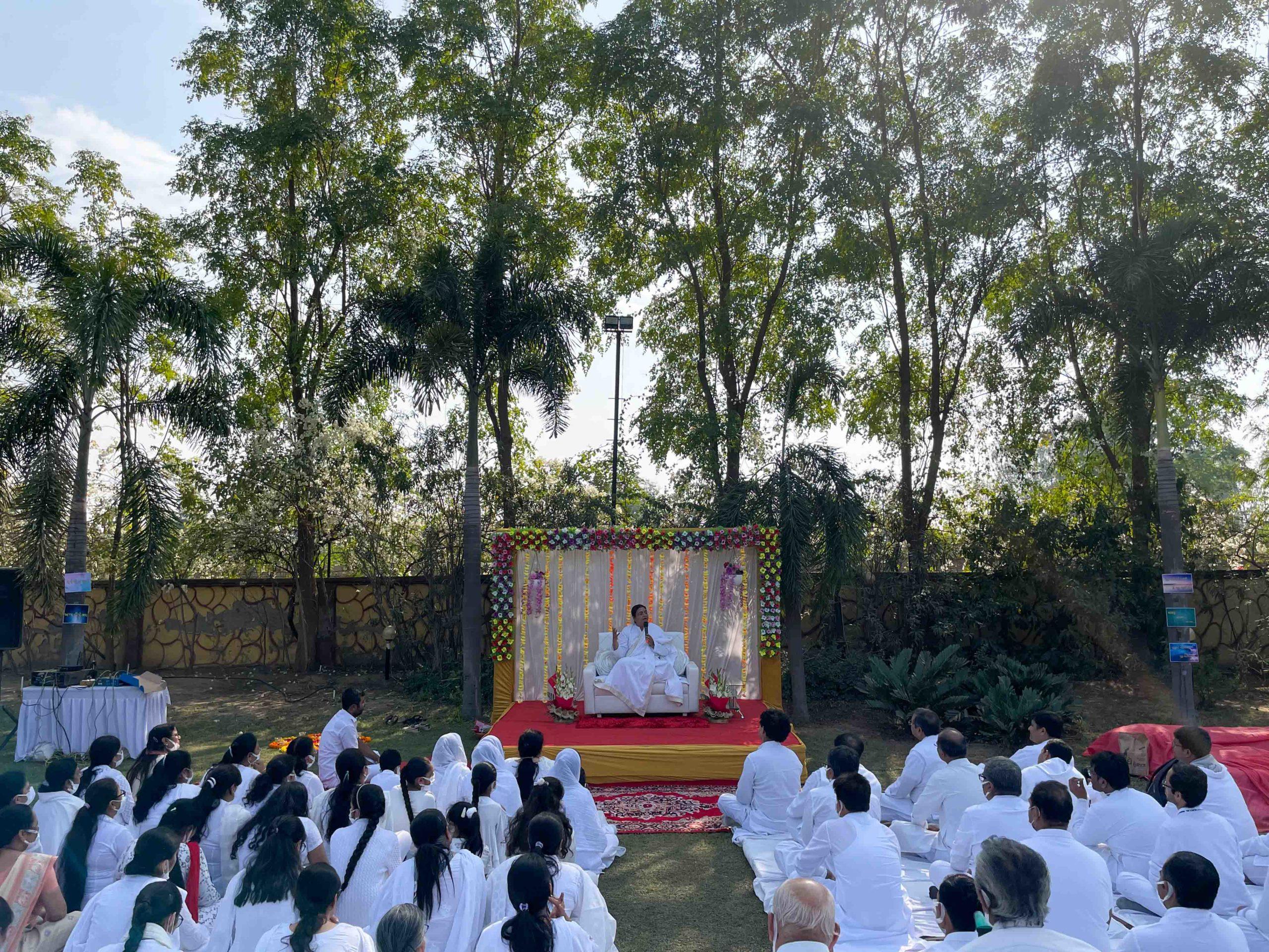 Sri Guru - Ahmedabad - SRM DELHI