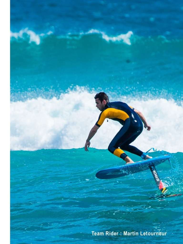Martin letourneur en foil surf sroka
