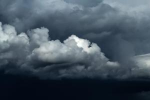 MeteoUNIQA varovala před nepřízní počasí v červnu 130 000 zákazníků