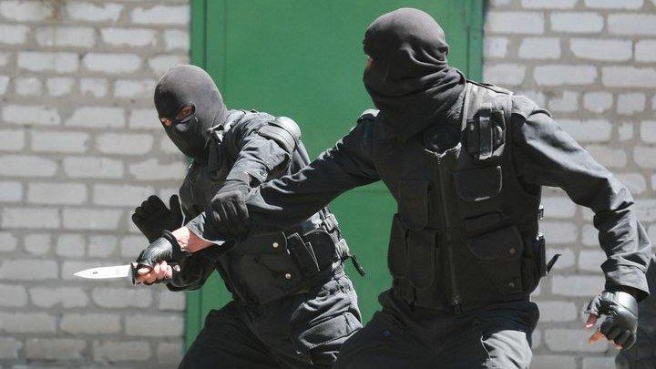 спецназовцы бой с ножом