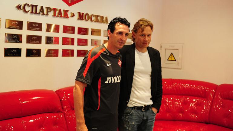 11 июня 2012 года. Тарасовка. Унаи Эмери и Валерий Карпин. Фото Антон Сергиенко.
