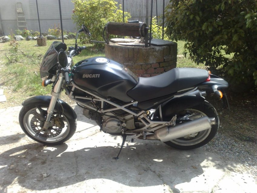 DUCATI MONSTER DARK