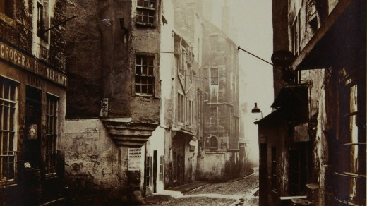 Old nineteenth century image of Edinburgh Streets