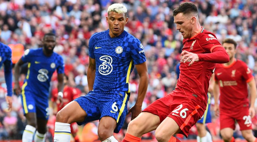 Chelsea hold on for point at Liverpool