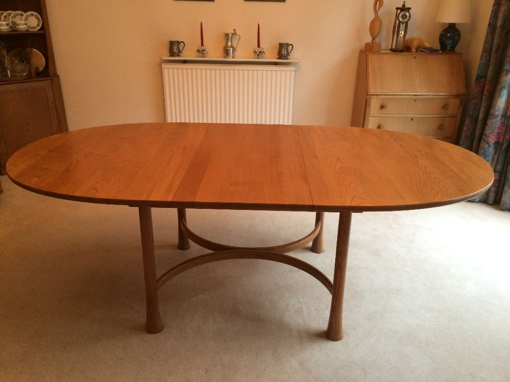ERCOL SAVILLE EXTENDING DINING TABLE TO SIT UP TO 8