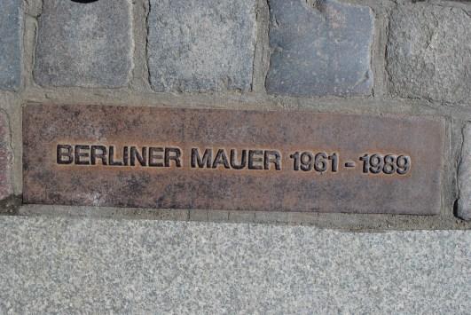 berlin-wall-1032512_960_720