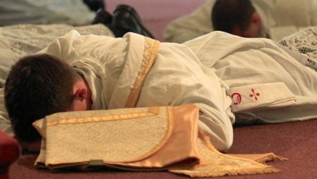 [Image: priestly_ordination_1.jpg]
