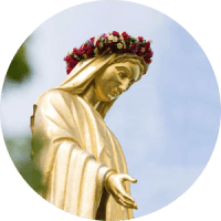 mary-crowned-min