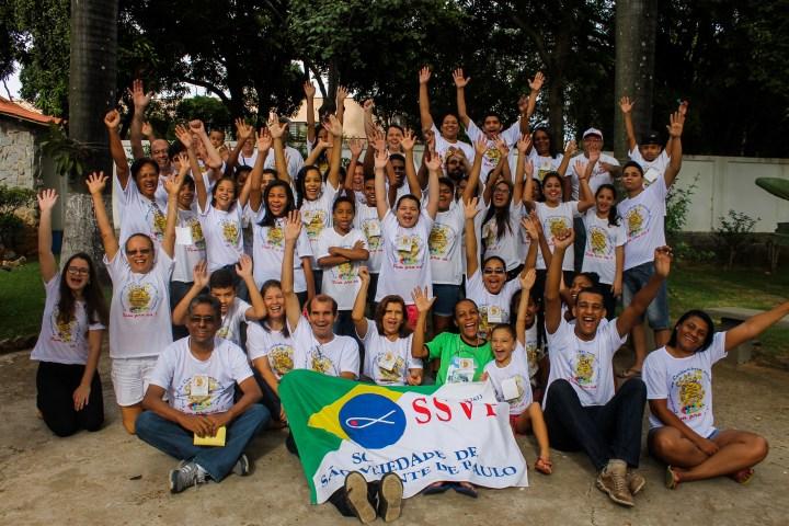 Participantes se reúnem para a foto oficial do Encontrão de CCA 2015