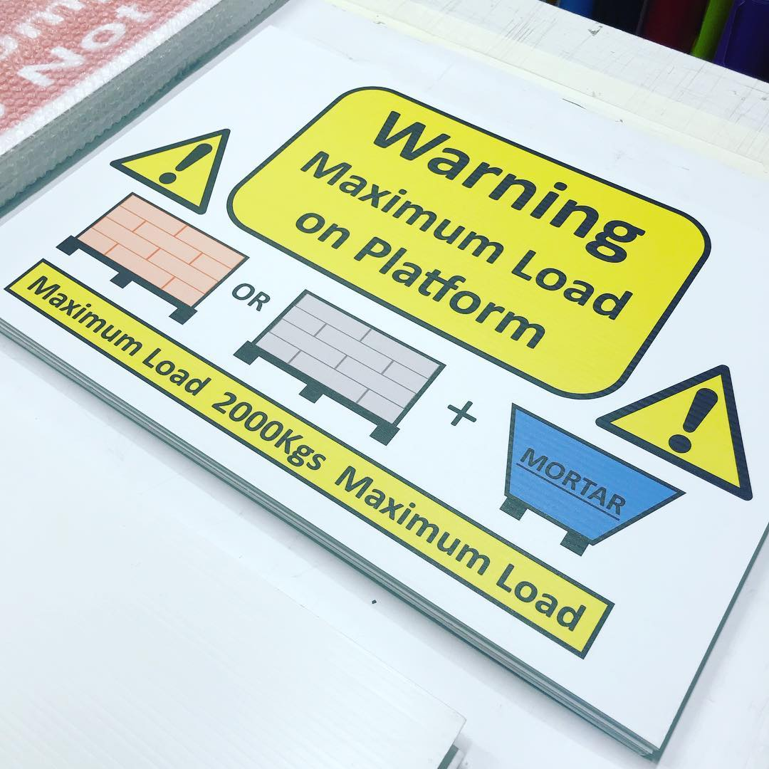 Site boards decorated with printed vinyl #