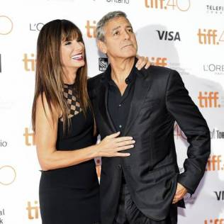 PICTURE,GALLERY-+PICTURE,GALLERY-+NSD122_FILM_TIFF_Our_Brand_Is_Crisis_20150