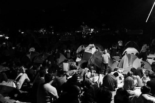 24/7: Immer mehr Menschen verbringen auch die Nächte auf dem Taksim-Platz – aus Sorge vor erneuten Räumungsaktionen der Polizei