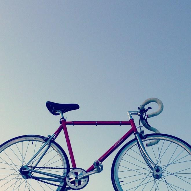 Ab aufs Bike: Rolle mit deinen Besten