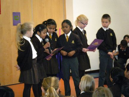 Junior Advent Assembly 2015[8]