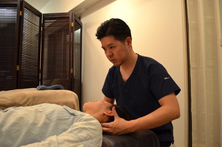 頚椎の施術