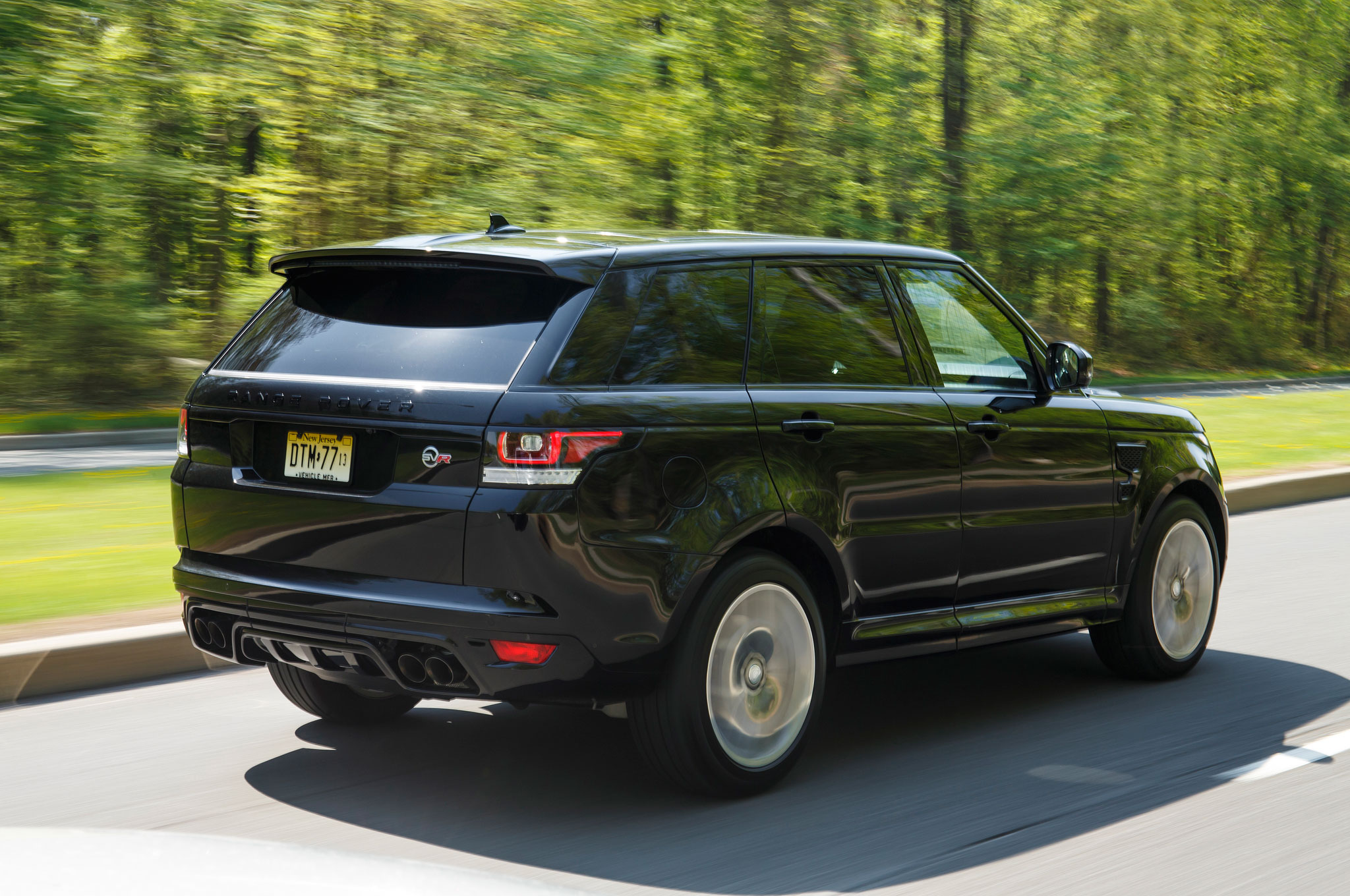 550 hp 2015 Range Rover Sport SVR Unveiled Priced at $111 400