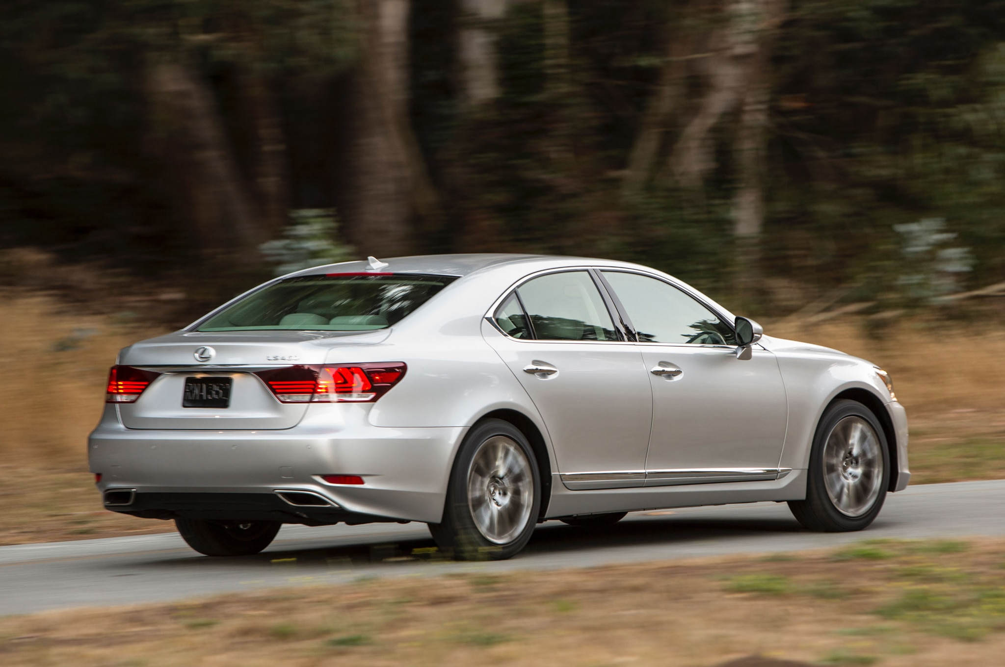 """Report Next Lexus LS Will Be """"More Emotional"""""""