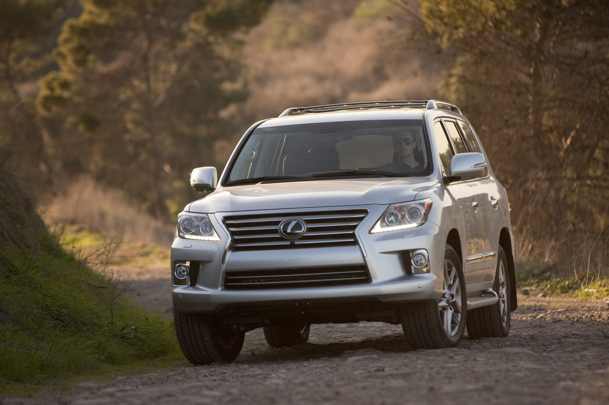 2015 Lexus LX 570 Review