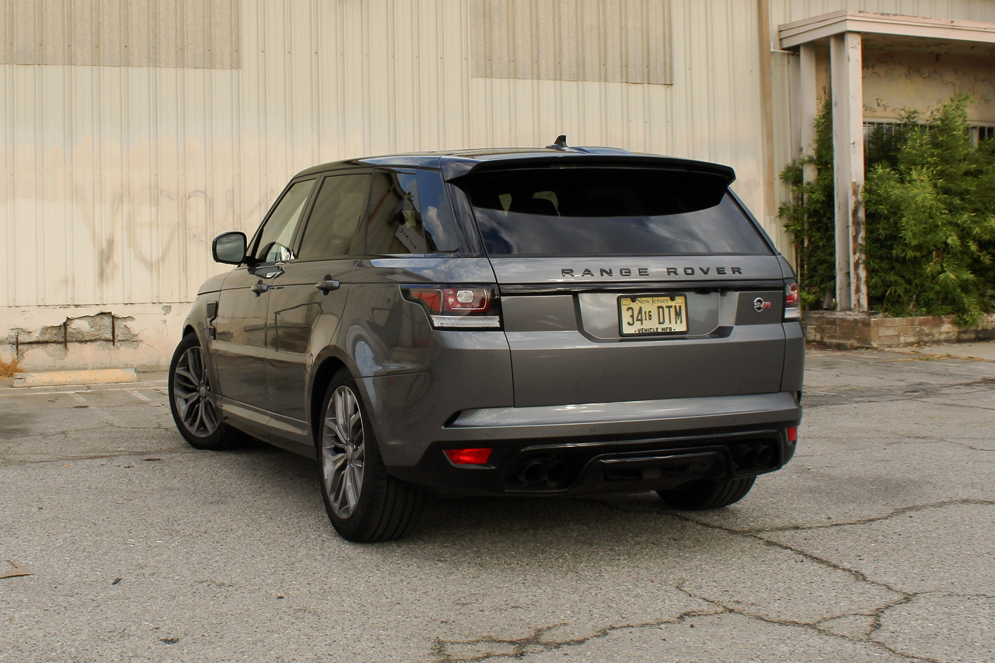 e Week With 2016 Range Rover Sport SVR