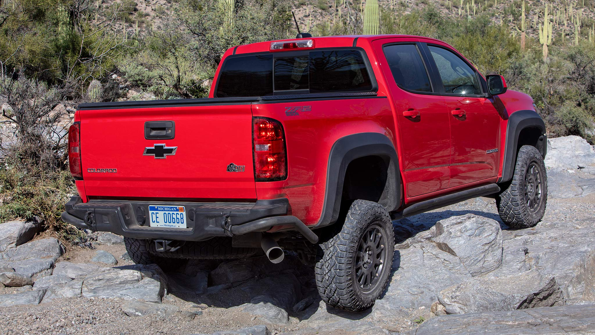Chevrolet Colorado Zr2 Bison First Drive Off Road