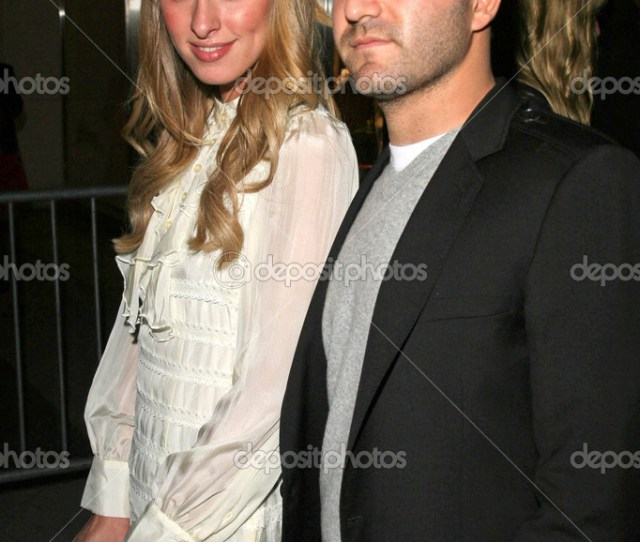Nicky Hilton Y David Katzenberg Foto De Stock