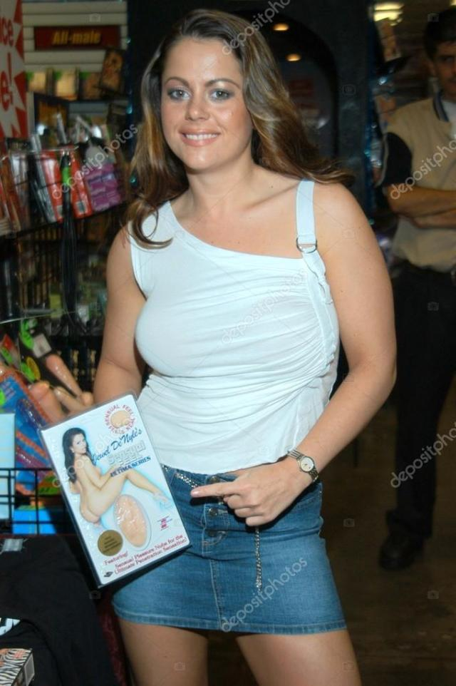 Jewel Denyle At An In Store Appearance To Sign Copies Of Her Dvds Stans Video And Bookstore Los Angeles Ca  Photo By S_bukley