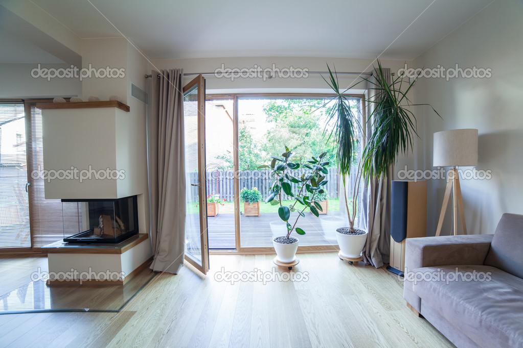 https fr depositphotos com 29736473 stock photo inside modern house html