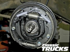 Drum Brake System Basics  Hot Rod Network