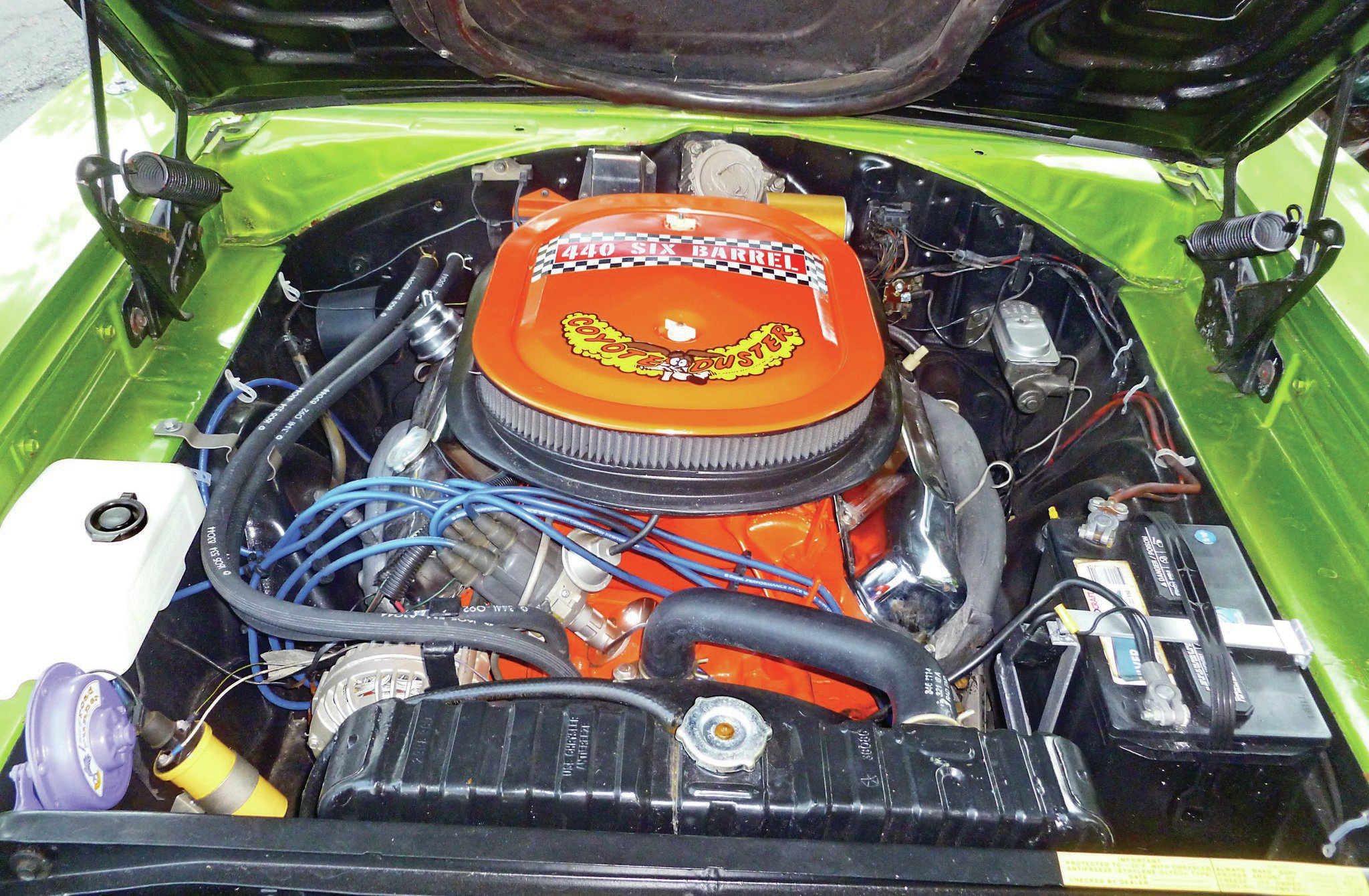 This 1970 Road Runner Has A Sick 440 Six Pack. We're Gonna