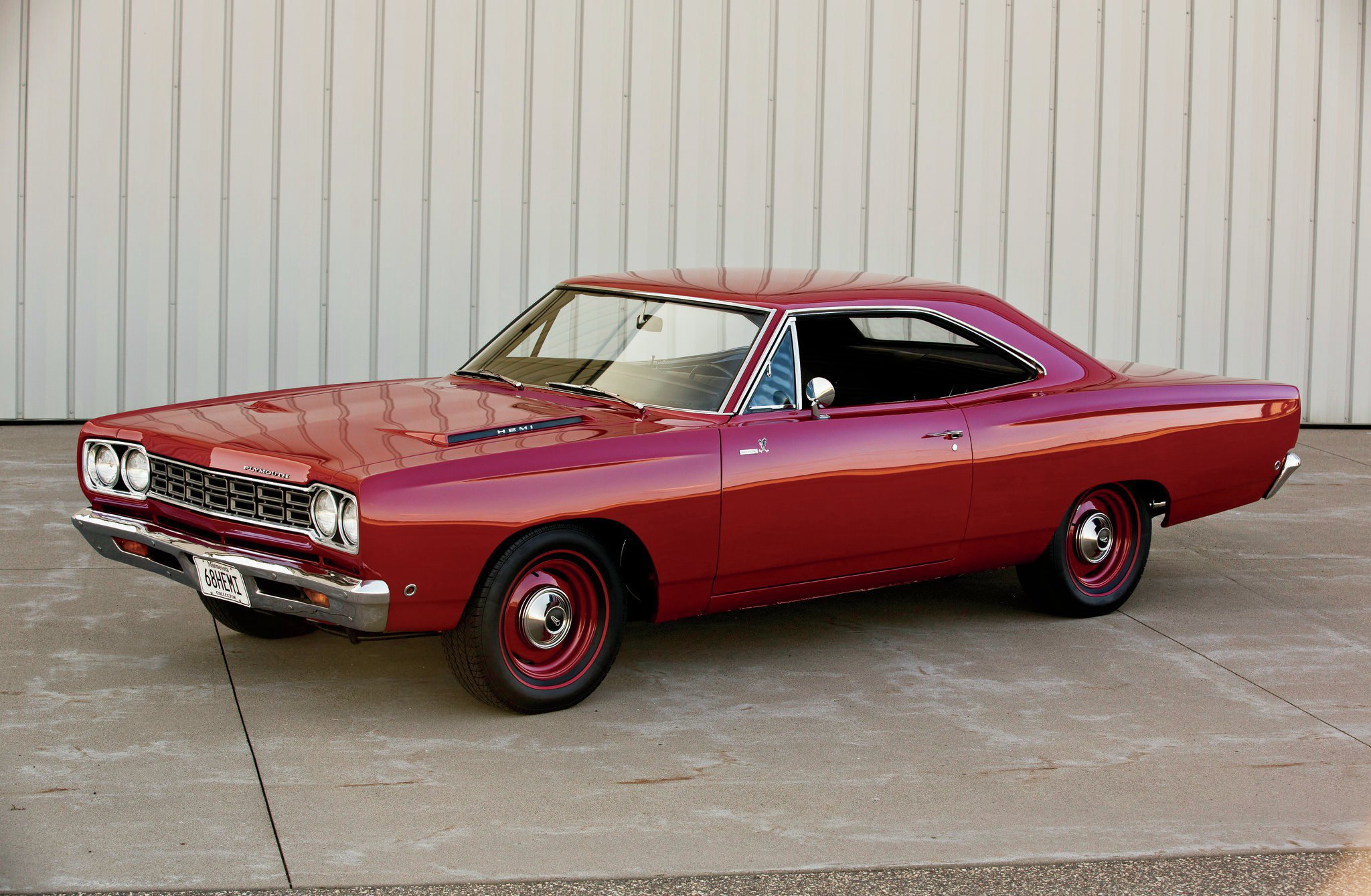https://i2.wp.com/st.hotrod.com/uploads/sites/21/2015/04/1968-plymouth-road-runner-hemi-front-driver-side.jpg