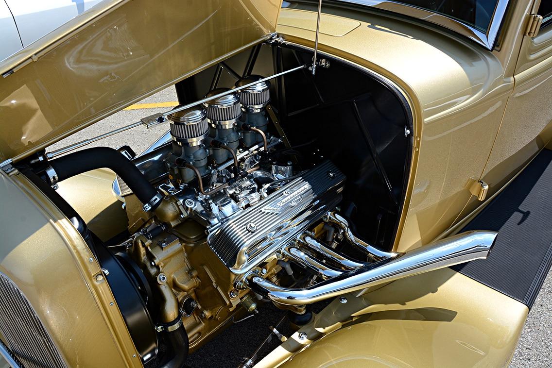 1932-ford-sedan2