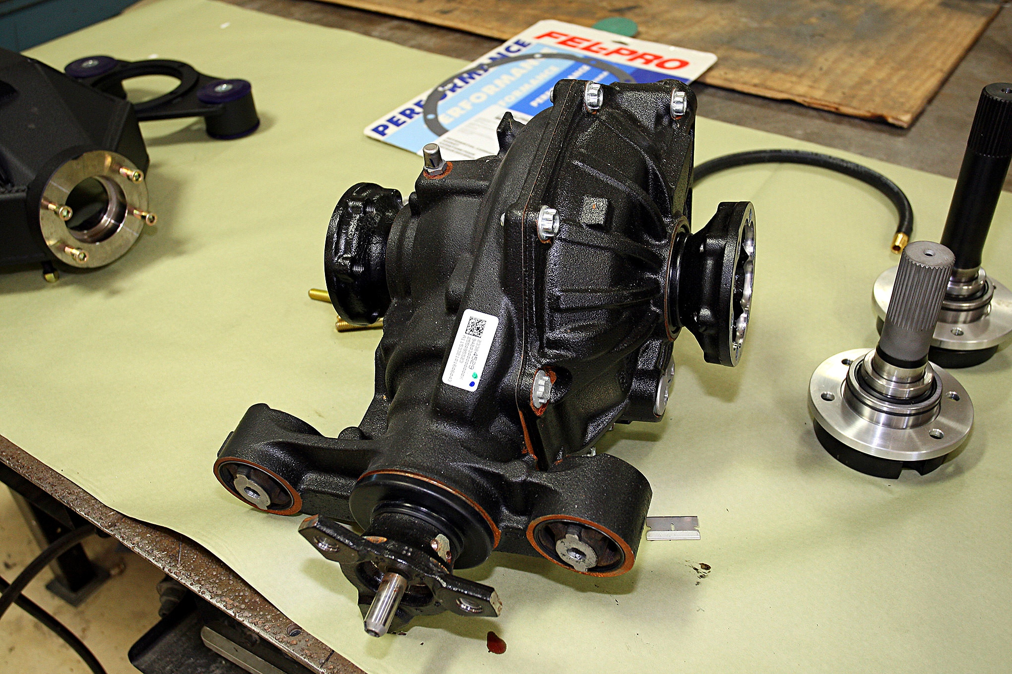 stock-rear-differential-
