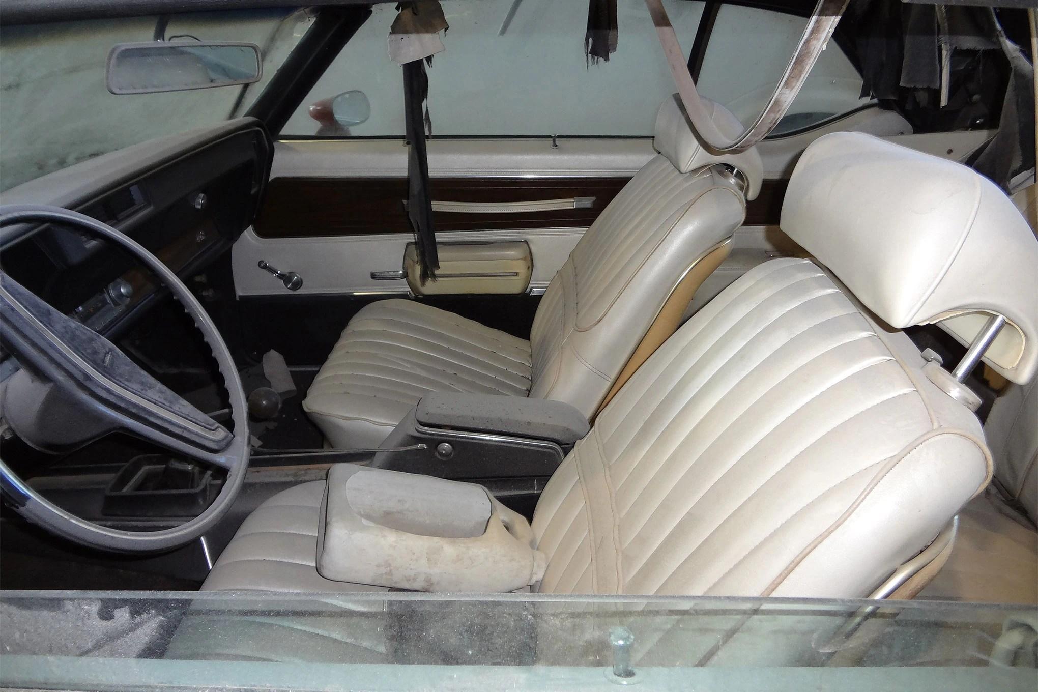 1971-oldsmobile-442-convertible-interior