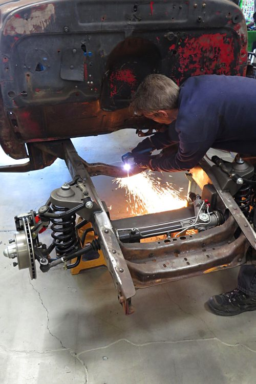 Mounting an engine in a 1949 Chevy-04.JPG
