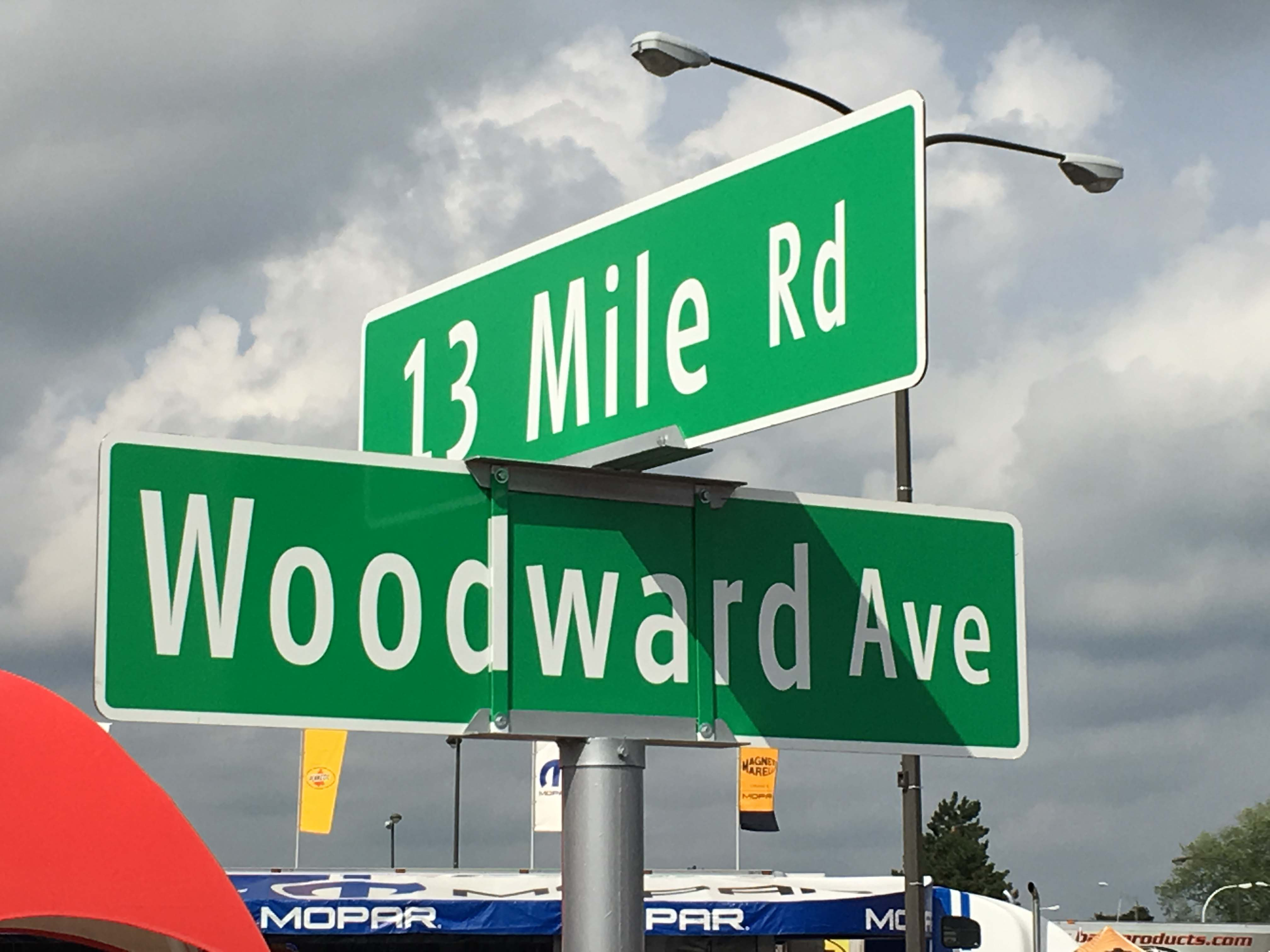 The corner of 13 Mile and Woodward Avenue is considered by many to be ground zero for the activities during the Woodward Dream Cruise. Thousands of vehicles and hundreds of thousands of participants and spectators jam the streets and sidewalks for 6 miles north and south of this point.