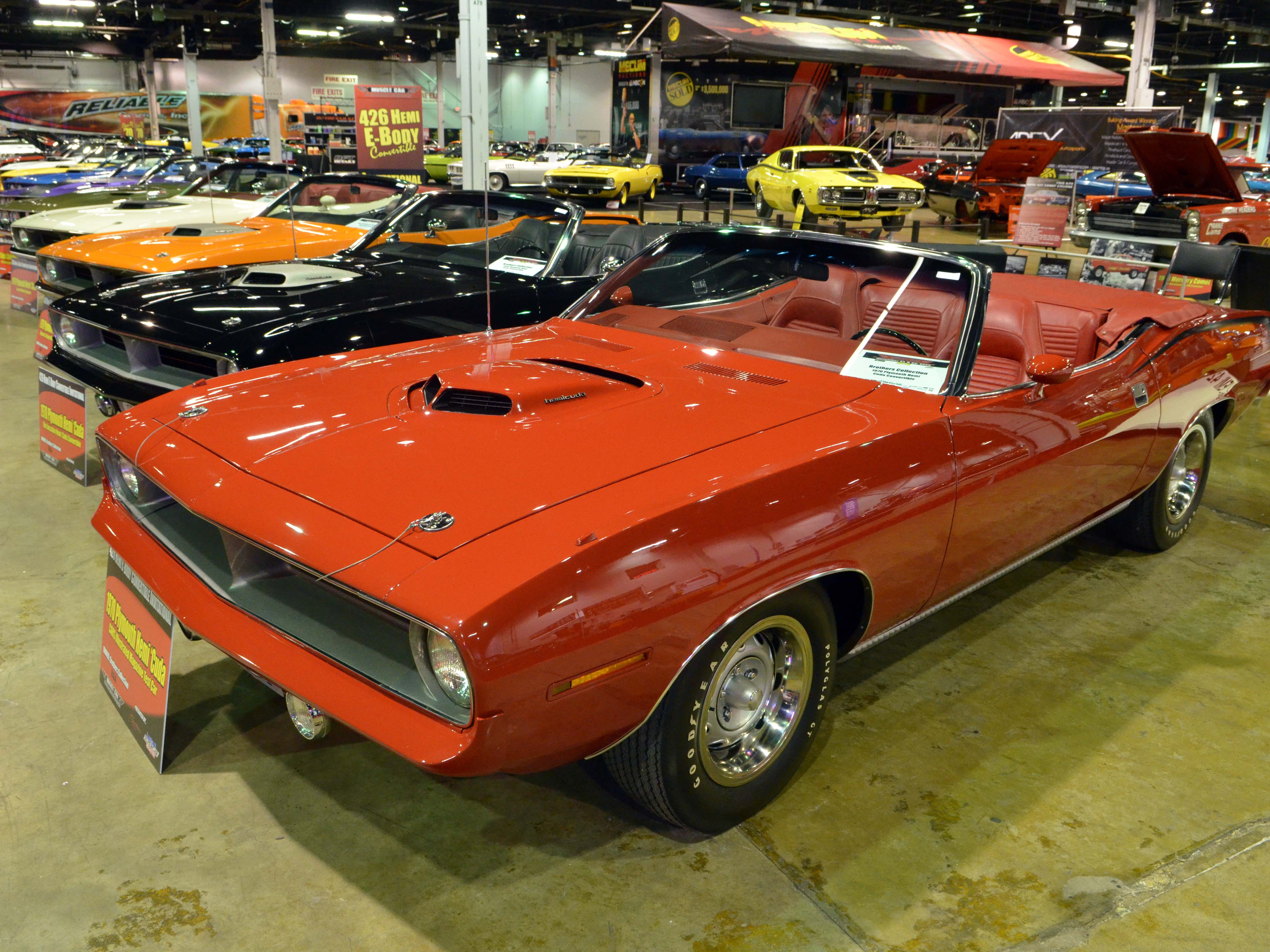 1970-hemi-cuda-convertible-red-brothers-2