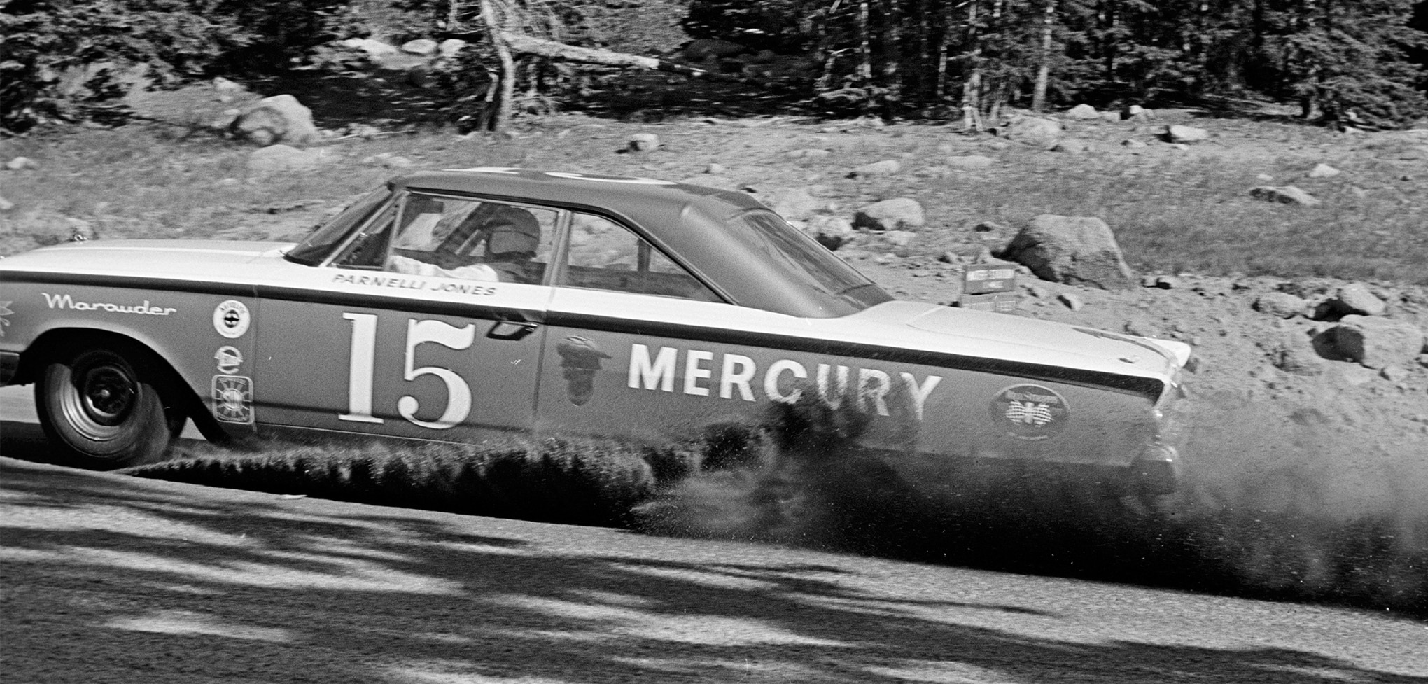 For the second straight year, Parnelli Jones topped the Stock Car category in a Mercury Marauder. His record-setting time of 13:52.2 was the first under 14 minutes for a stocker on the 12.42-mile, all-dirt course.