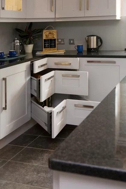 Transitional Kitchen by Glenvale Kitchens