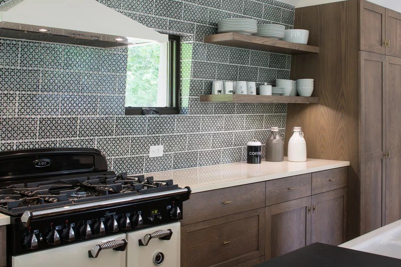 Rustic Kitchen by Grace Home Design, Inc.