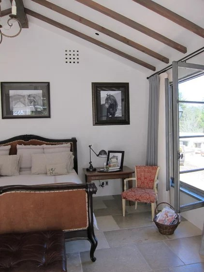 traditional bedroom by FGY Architects