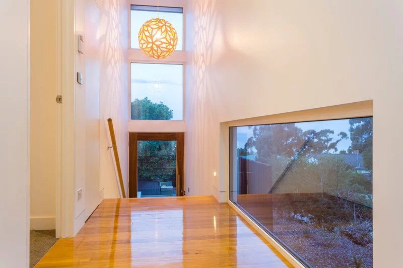 Contemporary Entry by DE atelier Architects