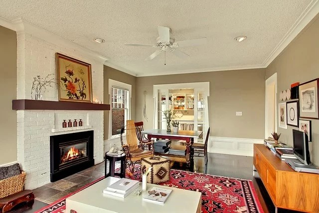 Eclectic Living Room by Seattle Staged to Sell LLC