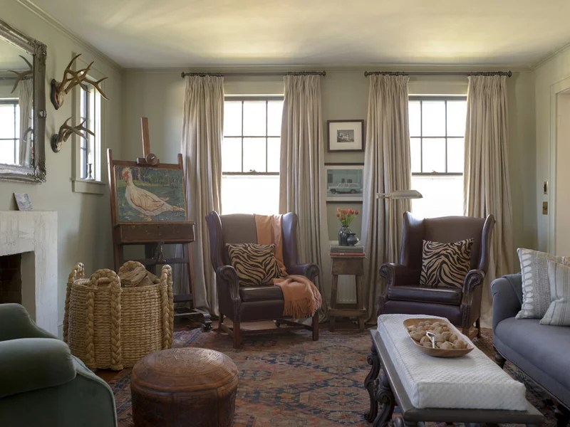 traditional living room by Rafe Churchill: Traditional Houses