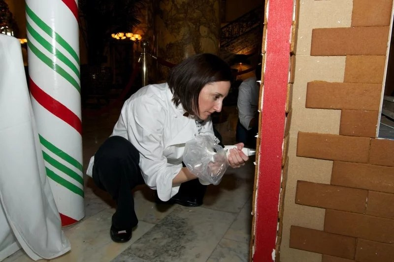 A San Francisco Hotel Cooks Up a 2-Ton Gingerbread House