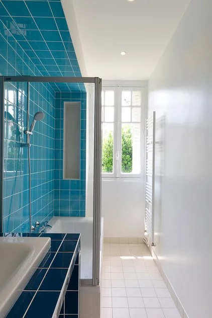 Traditional Bathroom by NAHK architecture