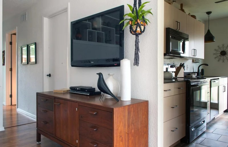 midcentury living room by Angela Flournoy
