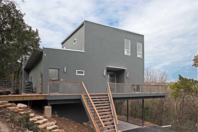 modern exterior by Steinbomer, Bramwell & Vrazel Architects