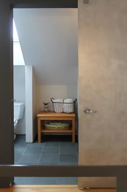 traditional bathroom by Laura Garner