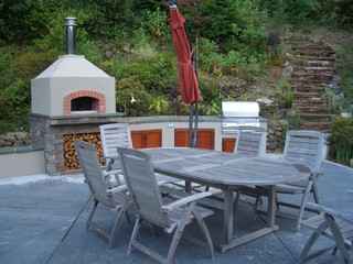 Outdoor Kitchens traditional landscape