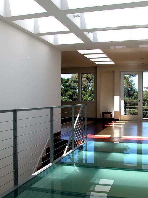 Noe Hilltop modern hall